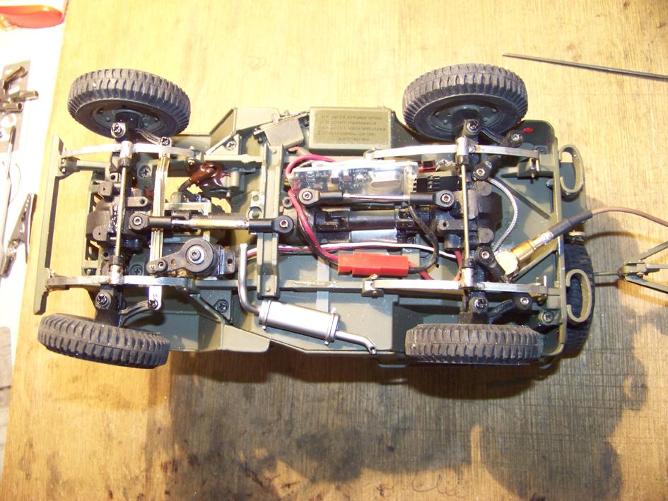 Jeep Danbury 1/16e, motorisée Sumo + remorque Bantam 1/4 t 100_2896-434a736